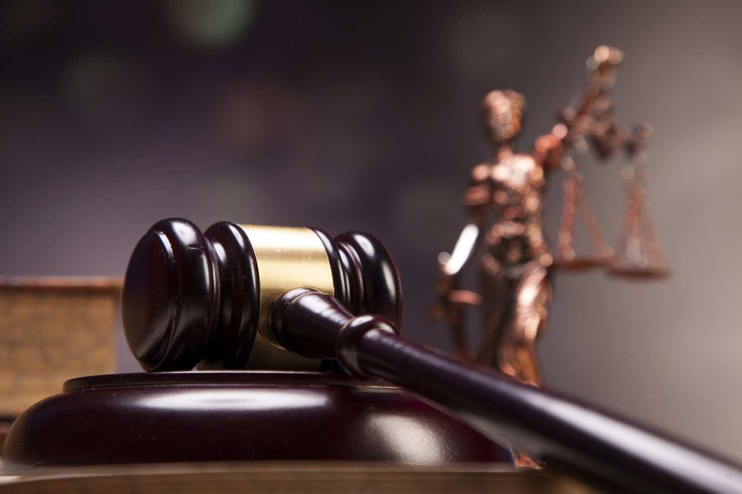 court-gavel-justice-1[1]