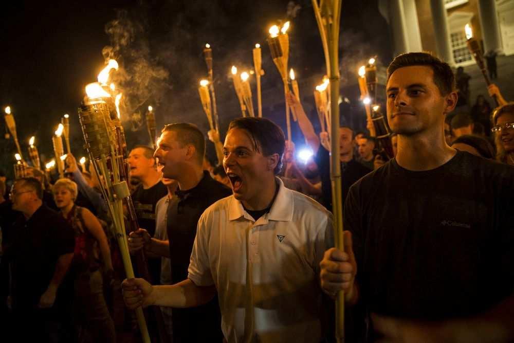 Неонацисты в Шарлотсвилле. Фото: Samuel Corum/Anadolu Agency via Getty Images