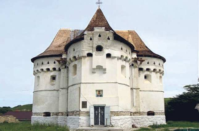 Сутковецкая церковь. Фото с сайта zn.ua