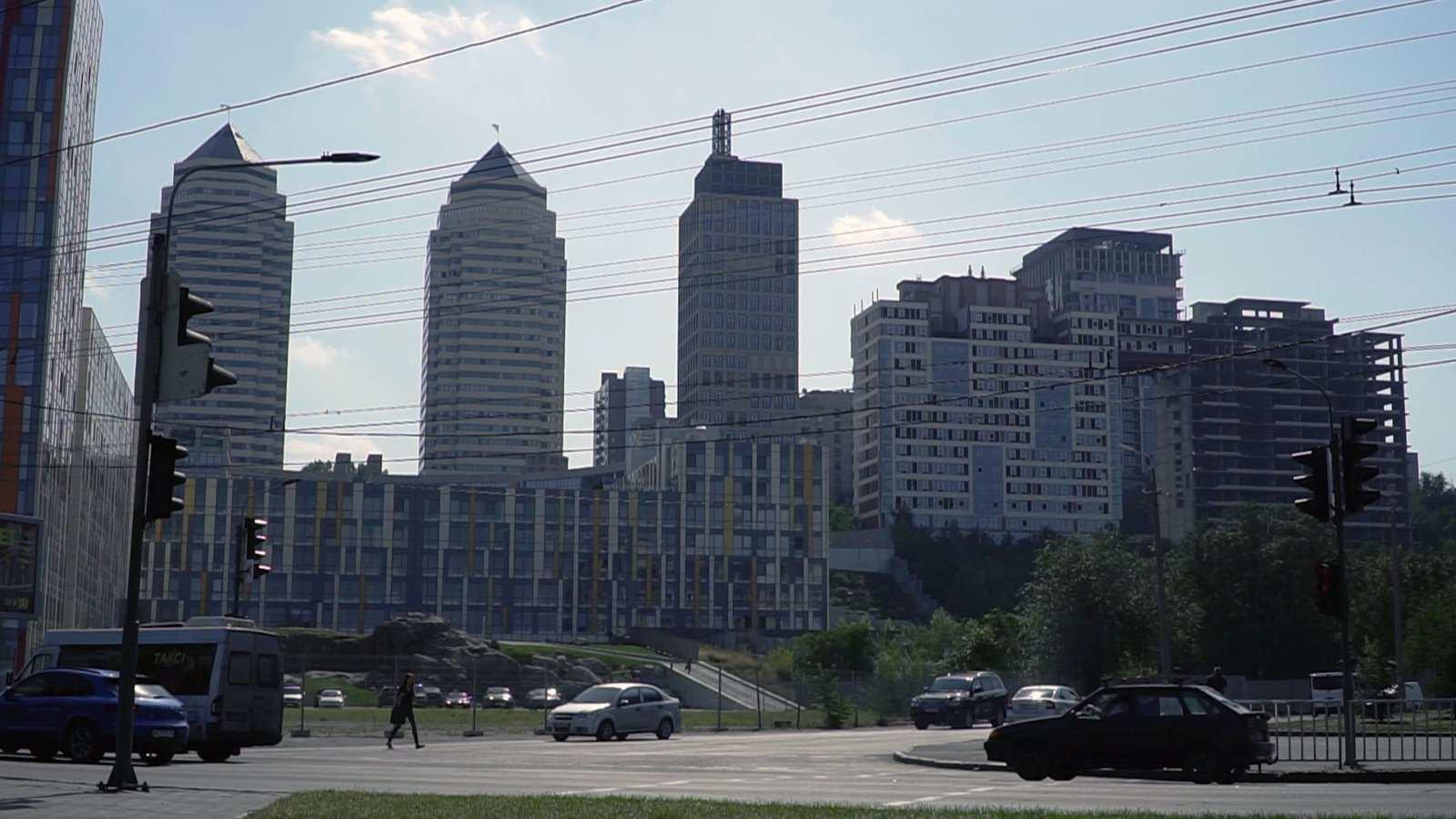 3. Нарушение высотности в центре города