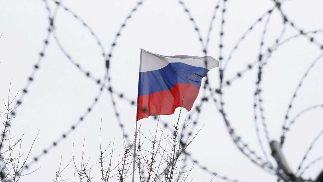 skynews-russia-embassy-flag_4265745[1]