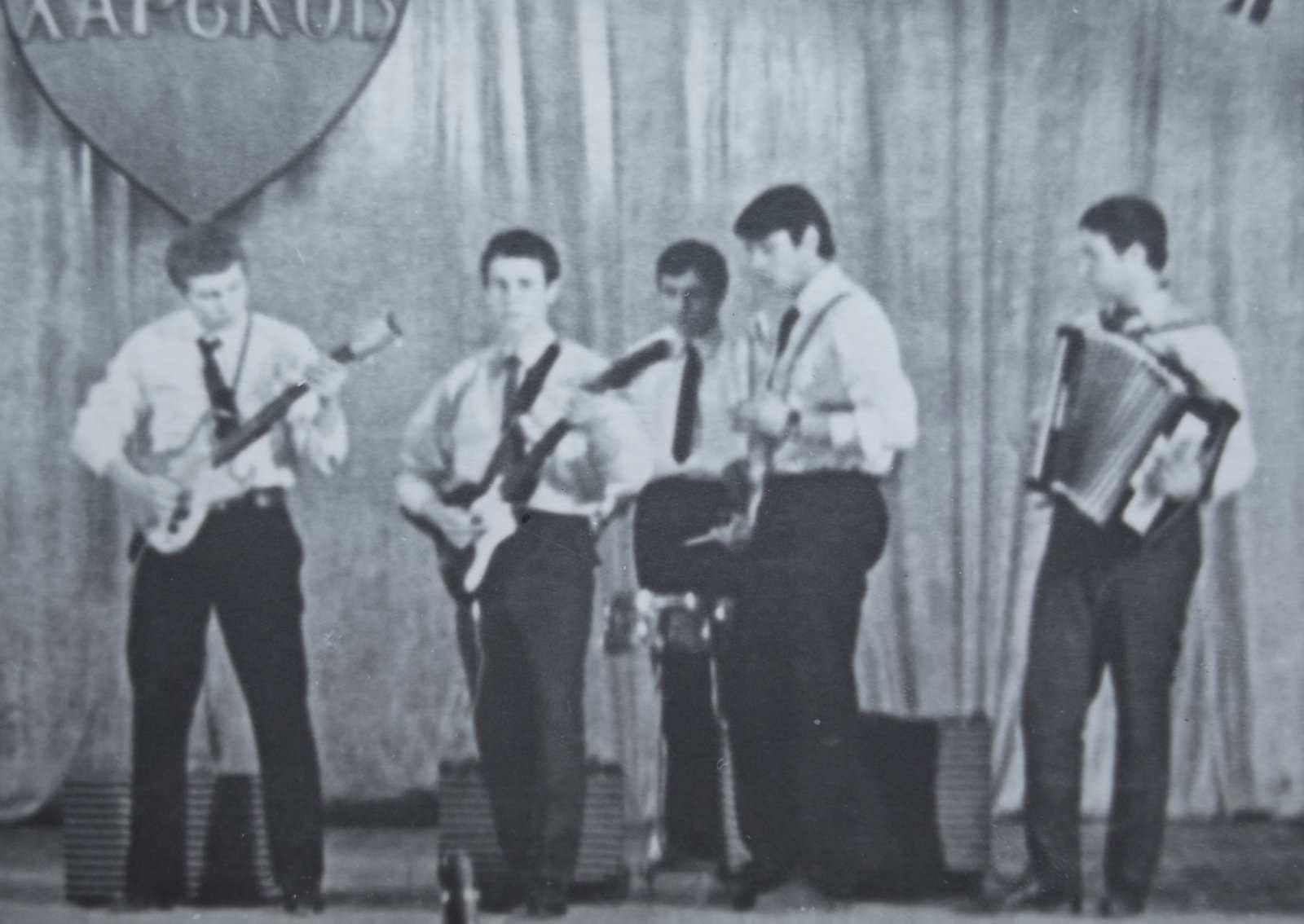 2 1964г. Идолы