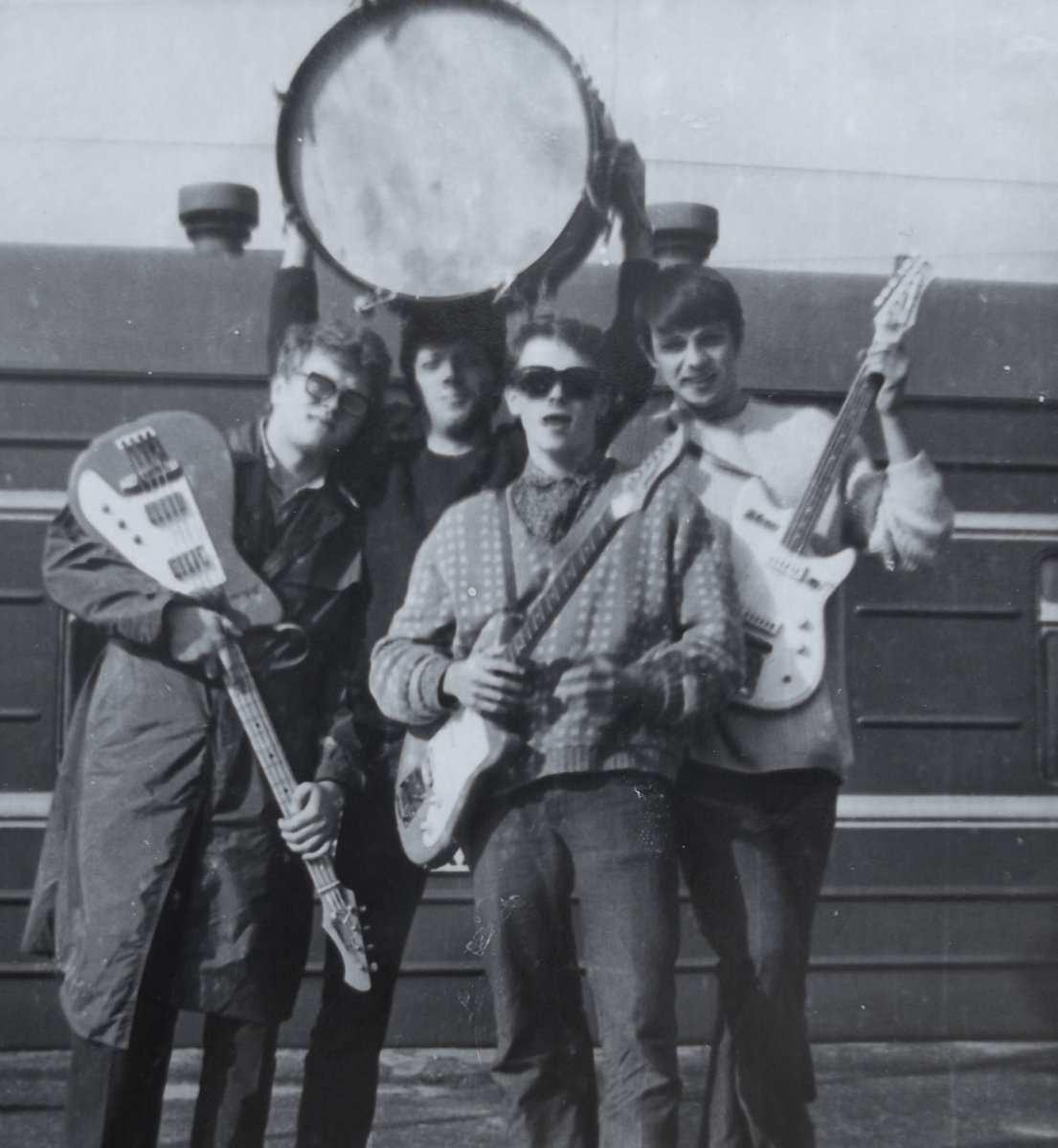 6 Приезд из Киева-1968г. Конкурс _Алло,мы ищем таланты_ Республиканский конкурс-1-е место.